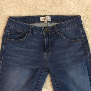 Jolt blue denim stretchy skinny jeans size 3